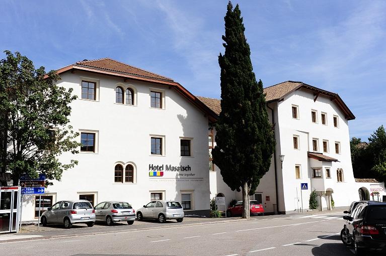 Top international hotels hotelkooperation hotelinfo for Hotel kaltern