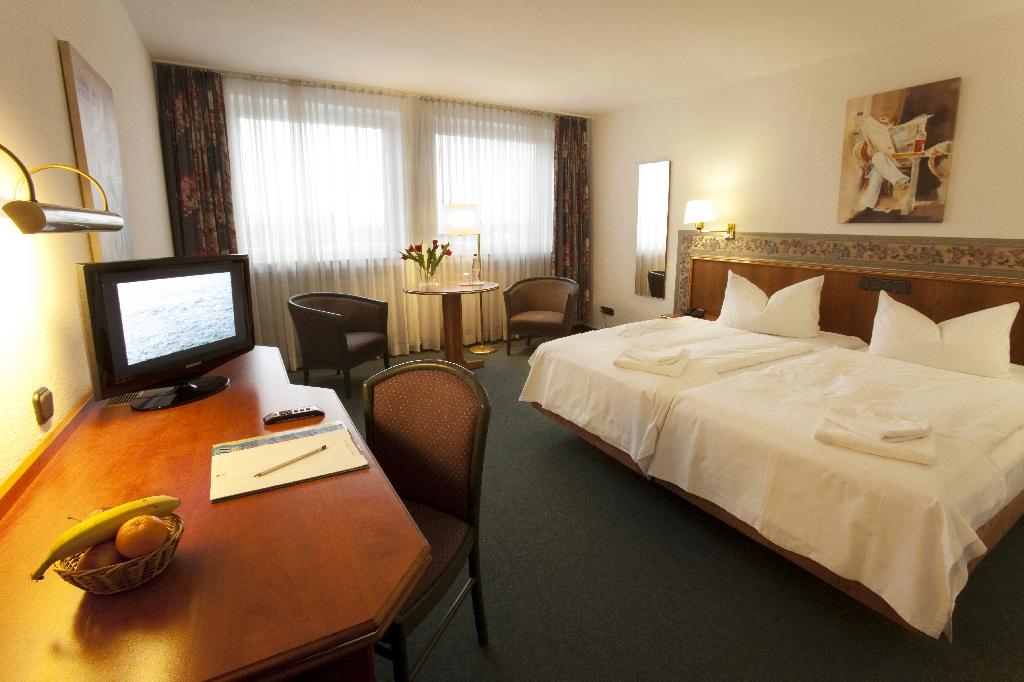 Jahrhunderthalle Frankfurt Hotel